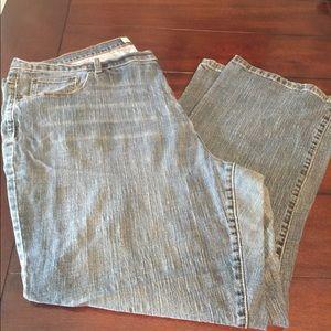 Low rise boot cut 26 Average plus size jeans